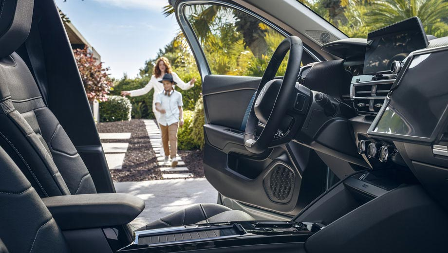 New Citroën C4 Hatch Highlights   Increased Comfort